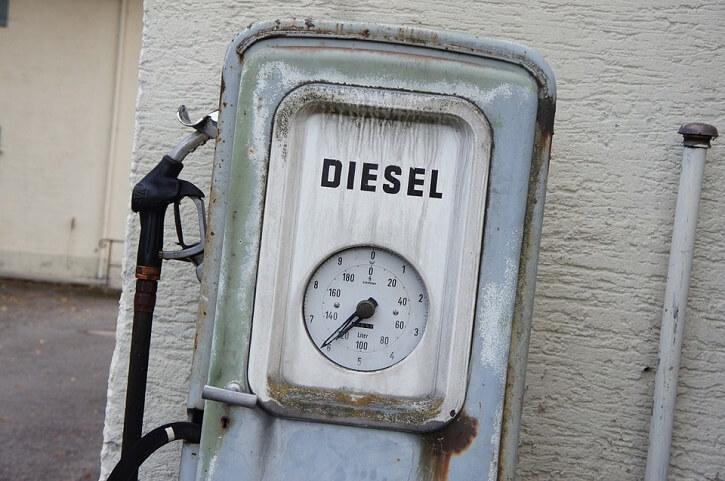 Naftová pumpa
