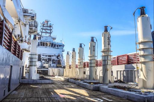 Lineární generátory projektu vlnové elektrárny Sotenas švédské společnosti Seabased. Zdroj: seabased.com
