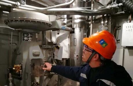 Horké testy na reaktoru San-men 2. (zdroj SNPTC).