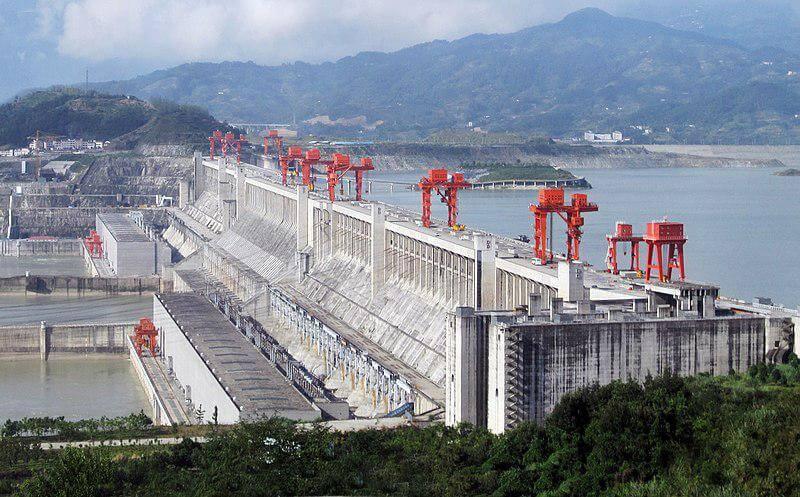 Vodní elektrárna Tři soutěsky (zdroj Wikipedie)