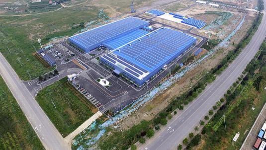 Čínská továrna Rongke Power, která se zabývá výrobou baterií a dodávkami úložišť (zdroj Rongke Power)