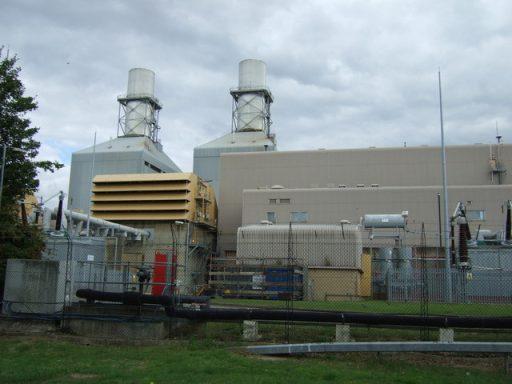 Little Barford Power Station CCGT. Zdroj JThomas for Geograph Britain